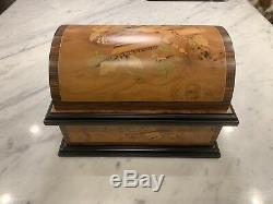 $1899MintThe Reuge Swiss Treasure Chest Music Box AD30 4.5 DiscVideo