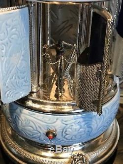 Alter Zigarettenspender mechanisch mit Spieluhr Reuge Old Music Box