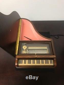 Bird Eyes Reuge Piano Music Box 72 Notes