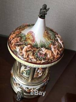 Capodimonte Cherub Carousel Italy Reuge Music Tunes Love Story Baroque Art