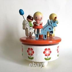 Carousel Music box Reuge / painted wood children and animals / 50/60's