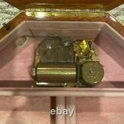 Italian Floral Inlay Music Box Swiss Reuge Movement 36 Note