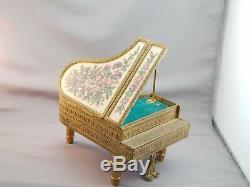 RARE Vint Reuge Large Needlepoint Top Figural Piano Music Box 2 Songs