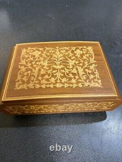 REUGE Vintage Wood Swiss Movement Music Box with Cigarette Holders Edelweiss