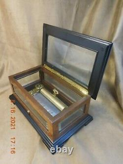 Reuge 3 Tune 72 Note Volga Music Box Plays Clair De Lune (3 Parts) (see Video)