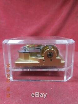 Reuge Acrylic Paper Weight With 1 Tune 36 Note Movement Canon In D