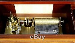 Reuge La Musica d Italia Grand Opera Music Box with 5 Interchangeable Cylinders