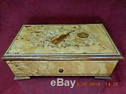 Reuge Music Box 3/72 Note Tchaikovsky Nutcracker Suite Sorrento Inlay (video)