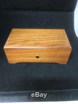 Reuge Music Box 72 notes