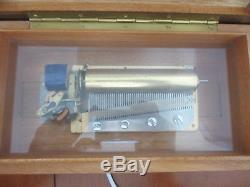 Reuge SOUND OF MUSIC US Electric Music Box 4/50 SR