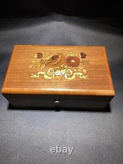 Reuge Saints-Croix Music Box 2/50 Oh Danny Boy, When Irish Eyes Are Smiling