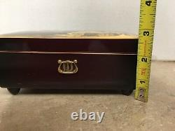 Reuge Swiss Music Box 2/36 working condition Vintage Box Lacquer Top See Picture