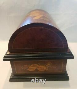 Reuge Treasure Chest Disc Movement Music Box with 20 Discs and Case for Discs