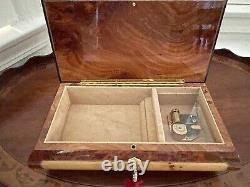 SWISS REUGE ROMANCE Made in SORRENTO INLAID MUSIC BOX