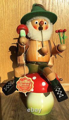 Steinbach German Wood Figure Smoker Mushroom Toadstool Working Reuge Music Box