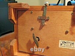 The San Francisco Music Box Co. 1987 Reuge Swiss Movement Wood & Beveled Glass