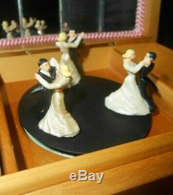 VTG REUGE SWISS JEWELRY MUSIC BOX w 3 DANCING COUPLES INVITATION TO THE DANCE
