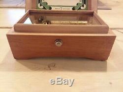 Vintage / Antique Swiss Thorens (Pre Reuge) Music Box 50 Key 2 Song. Lovely item
