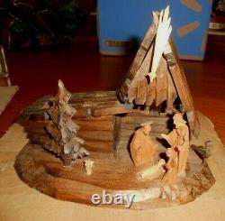 Vintage Reuge Oberammergau Wood Nativity Creche Scene Music Box Silent Night
