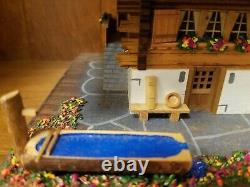 Vintage Reuge Swiss Chalet 3/72 Music Box
