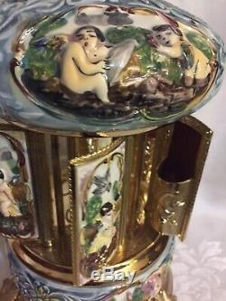 Vtg Capodimonte Porcelain Cherb Carousel Cigarette Reuge Music Box Italy Minty