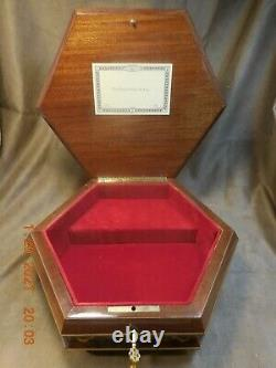 XL SORRENTO INLAID LOCKING MUSICAL JEWLERY BOX With REUGE 36 NOTE MVMT (SEE VIDEO)